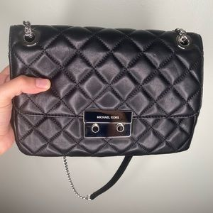 Michael Kors Quilted Chain bag